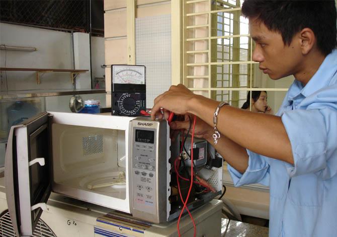 Địa chỉ sửa lò vi sóng quận Thanh Xuân uy tín, chất lượng